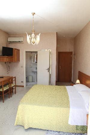 hotel la terrazza porto potenza picena la terrazza porto potenza picena italien omd 246 och