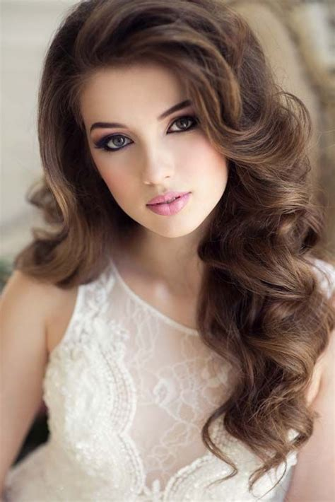 Wedding Hairstyles Wavy by Wavy Wedding Hairstyle And Makeup Wavy Wedding