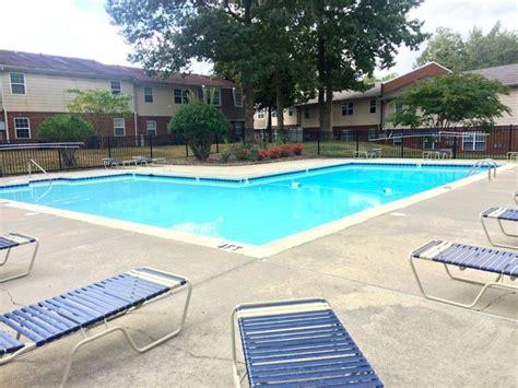 stratford at williamsburg apartment homes rentals stratford at williamsburg apartment homes rentals