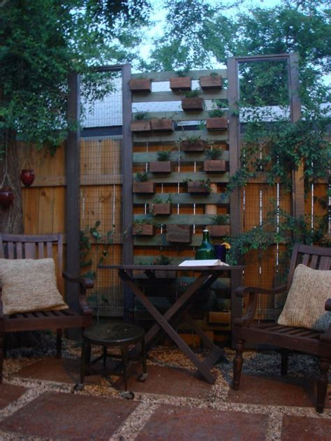 privacy wall for backyard planter privacy screen backyard pinterest