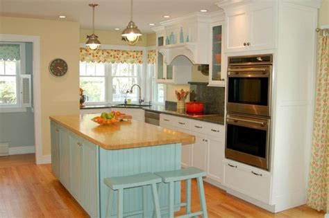 nantucket kitchen nantucket inspired kitchen beach style kitchen