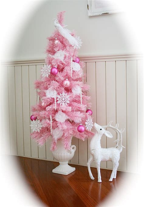 mel s shabby pink christmas tree christmas trees