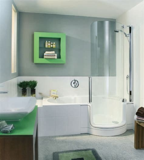 small walk in bathtub 25 best walk in tub shower ideas on pinterest walk in