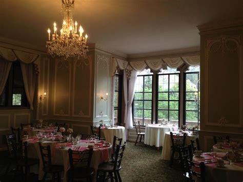Glen Eyrie Castle Rooms by Tea Room