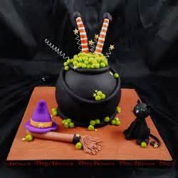 halloween cakes evite