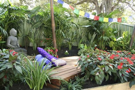 Backyard Meditation Gardens by Achievable Gardens At Mifgs 2013 Gardendrum