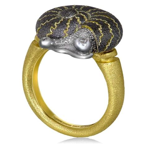 Handmade In Nyc - yellow blackened gold signature texture snail ring