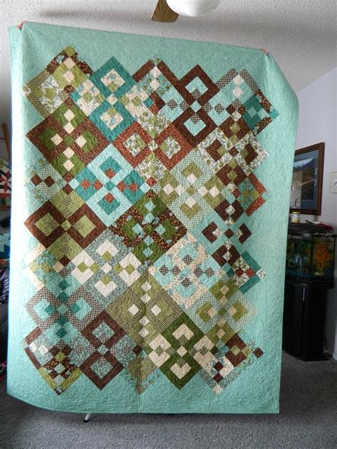 brown quilt pattern aqua and brown quilt