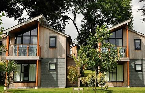Luxury Woodland Holiday Homes To Rent At The Cornwall Luxury Homes To Rent In Cornwall