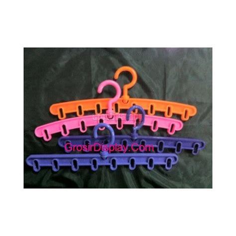 Hanger Jilbab Oval Warna 1 Hanger Gantungan Jilbab Kerudung Syal Pasmina Oval Plastik