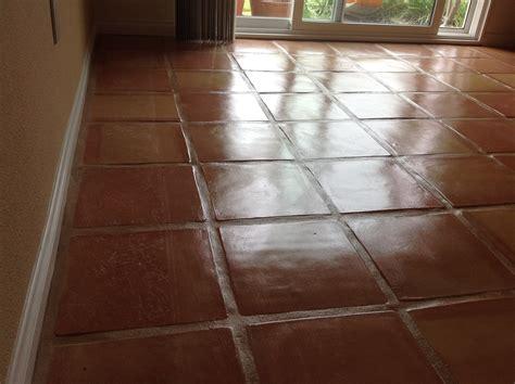 Dull Tile Floor by Saltillo Tile Peeling Dull California Tile