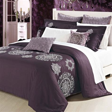 Couette Prune by Couette En Prune Chambre Couette