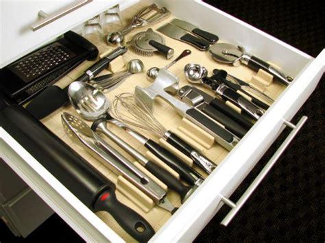 un kit de rangement de tiroirs pour les ustensiles de cuisine maisonapart