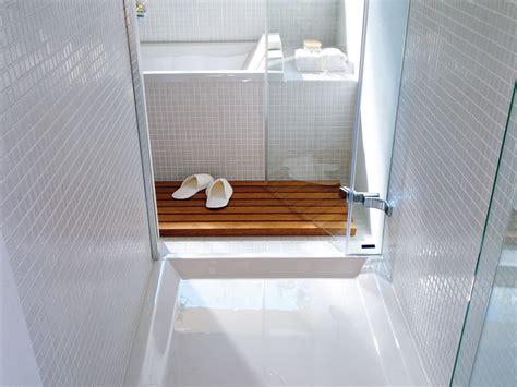 porta cristallo doccia come scegliere il cristallo per il tuo box doccia su misura