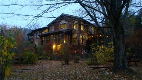 snug hollow farm bed and breakfast 11 beautiful and secluded bed and breakfasts in kentucky