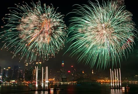 boat cruise in westchester new york july 4th fireworks cruises in nyc see macy s show on a