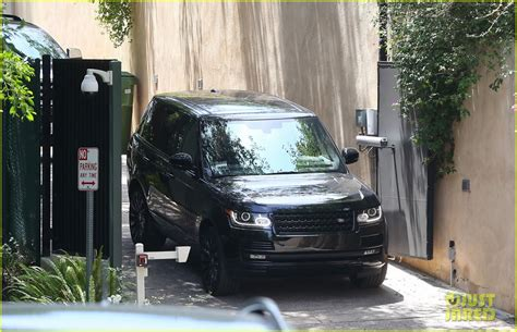 calvin harris house taylor swift calvin harris pictured leaving her house photo 3359102 calvin