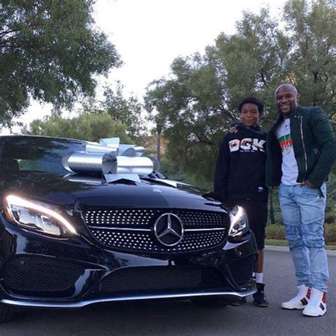 mayweather money cars floyd mayweather gives his son a new mercedes benz for his