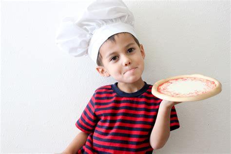 diy chef costume 24 diy toddler boy costumes that rock