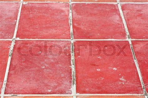 rote bodenfliesen perspektive square roten fliesen boden stockfoto colourbox