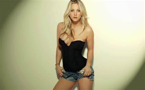 Kaley Cuoco Shower by More Kaley Cuoco Pictures Leaked Hacked