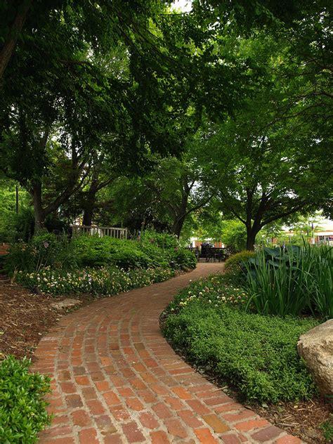 cottage garden paths cottage style