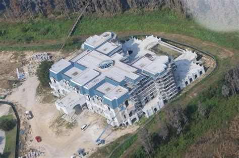 biggest house in america largest house in america up for sale i can plz haz honda tech