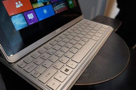 Baterai Tablet Movimax P3 acer merilis tablet windows 8 lagi acer aspire p3 winpoin