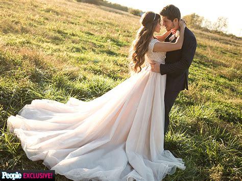 ben seewald and jessa duggar wedding jessa duggar wedding to ben seewald photos people com