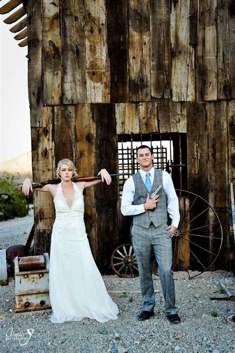 67 best bonnie clyde images on bonnie clyde bonnie and engagement pictures