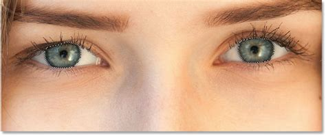 the eyes of the changing eye color in an image with photoshop