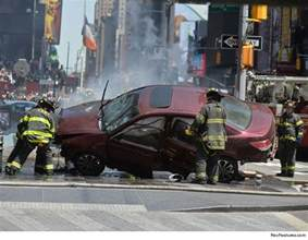 car accidents in new york today times square crash kills one car slams into pedestrians