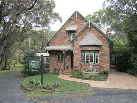 granny s cottage luxury bed and breakfast killcare see