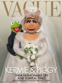 miss piggy and kermit wedding is a kimye style wedding on the cards for the muppets