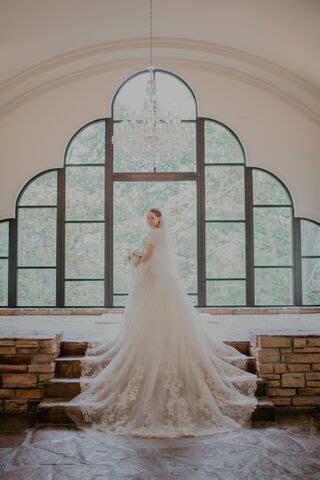 stonegate glass chapel reception venues walnut shade mo