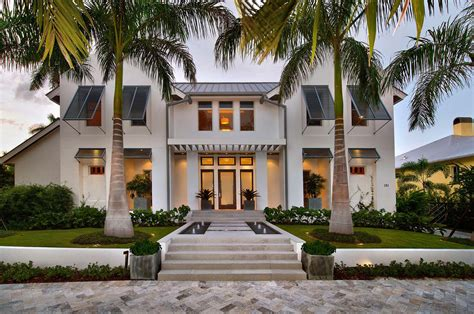 Exquisite modern coastal home in Florida with luminous