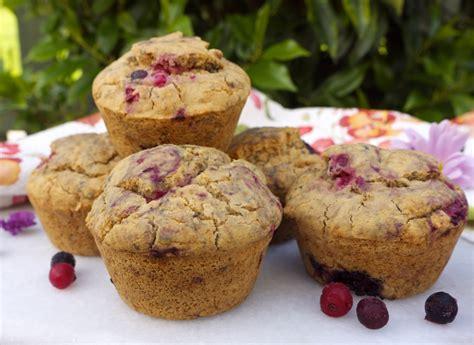fruit muffins summer fruit muffins rosanna davison nutrition