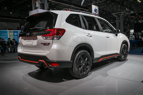 subaru forester 2019 refreshing or revolting 2019 subaru forester motor trend