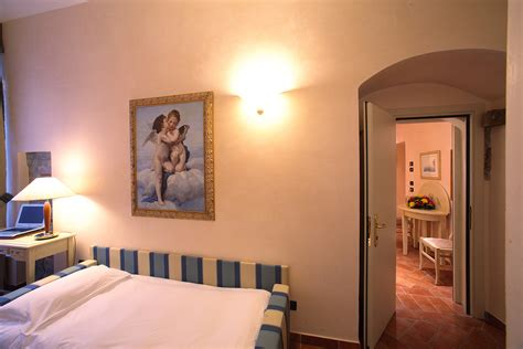 hotels with connecting rooms connecting rooms davanzati hotel florence