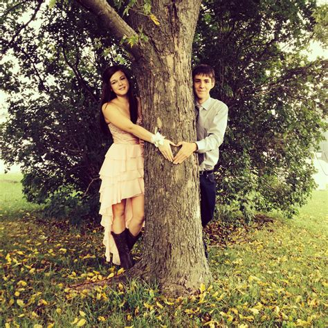 themes for couples pictures homecoming picture idea prom pinterest
