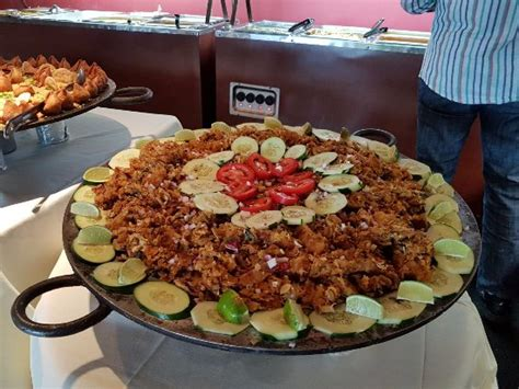 Kottu Paratha In Buffet Picture Of Bay Leaf Indian Indian Dinner Buffet Bay Area