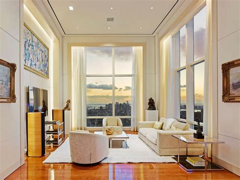 take a look inside one of the largest luxury apartment in manhattan that looks like an gallery