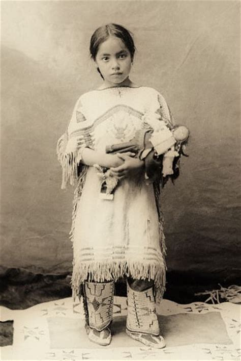 native americans on pinterest sioux native american american indian girl sioux and native american on pinterest