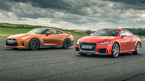 nissan audi nissan gt r vs audi tt rs all the stats from the top gear