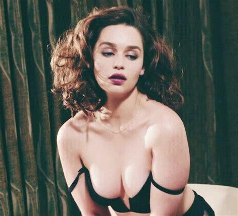 sarah chalke sex gifs porn gifs sex and porn gifs   sexy