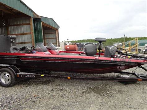bass boat console bass boat console pictures to pin on pinterest thepinsta