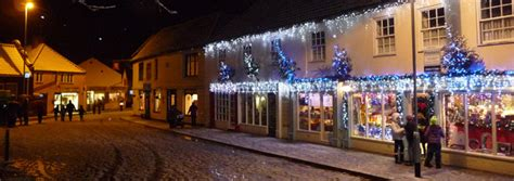news and updates holt christmas lights