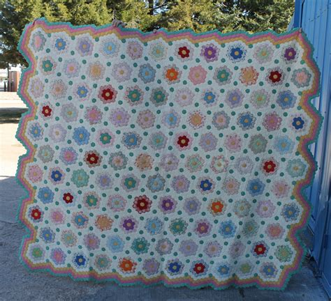 grandmother s flower garden quilt bargain s antiques 187 archive grandmother s