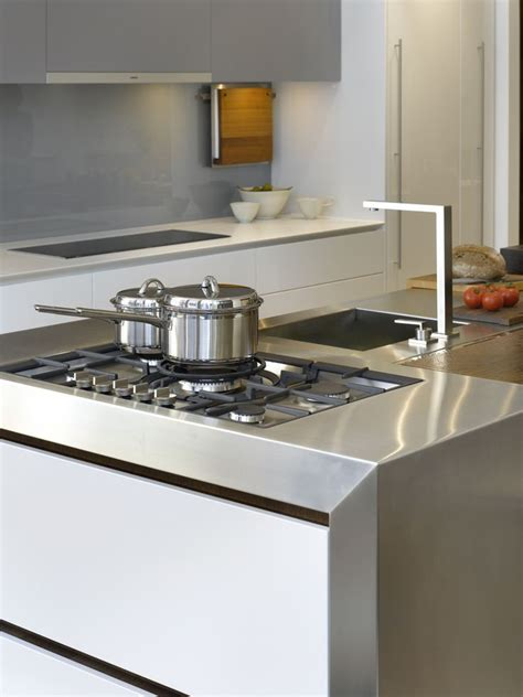 kitchen showrooms island 72 best images about roundhouse kitchen showrooms on nightingale storage drawers