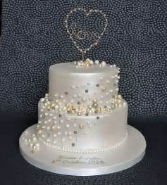 25 best ideas about anniversary cakes on pinterest 50th anniversary cakes golden anniversary
